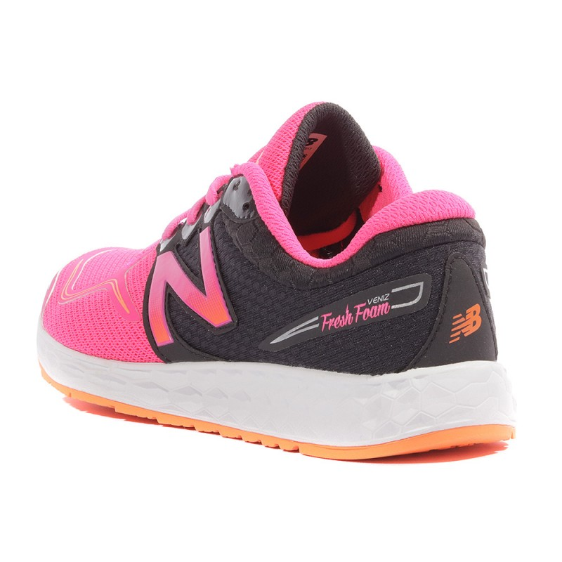 baskets new balance femme rose noire