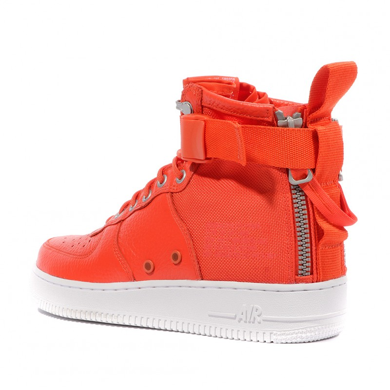 check-out 8949b 046c4 SF AF1 MID Homme Chaussures Orange Nike