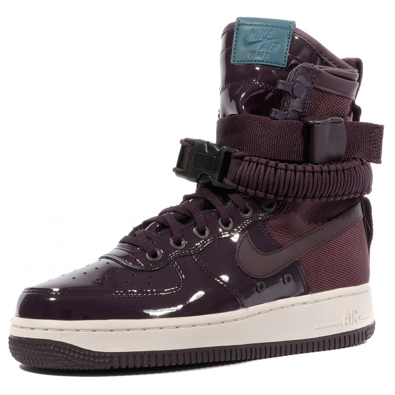 nike femmes chaussures violet