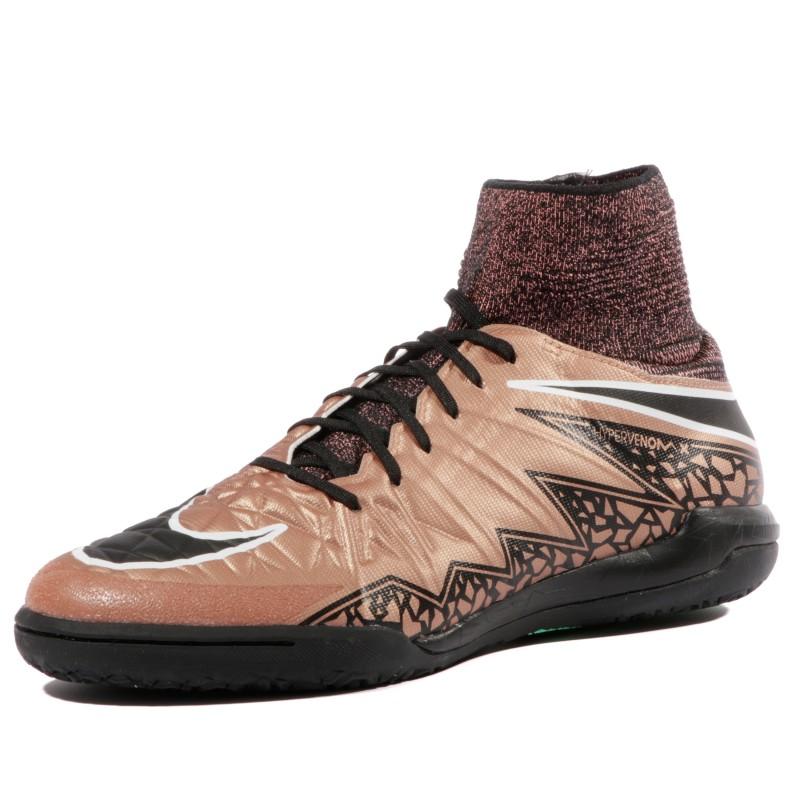 chaussures futsal nike montente