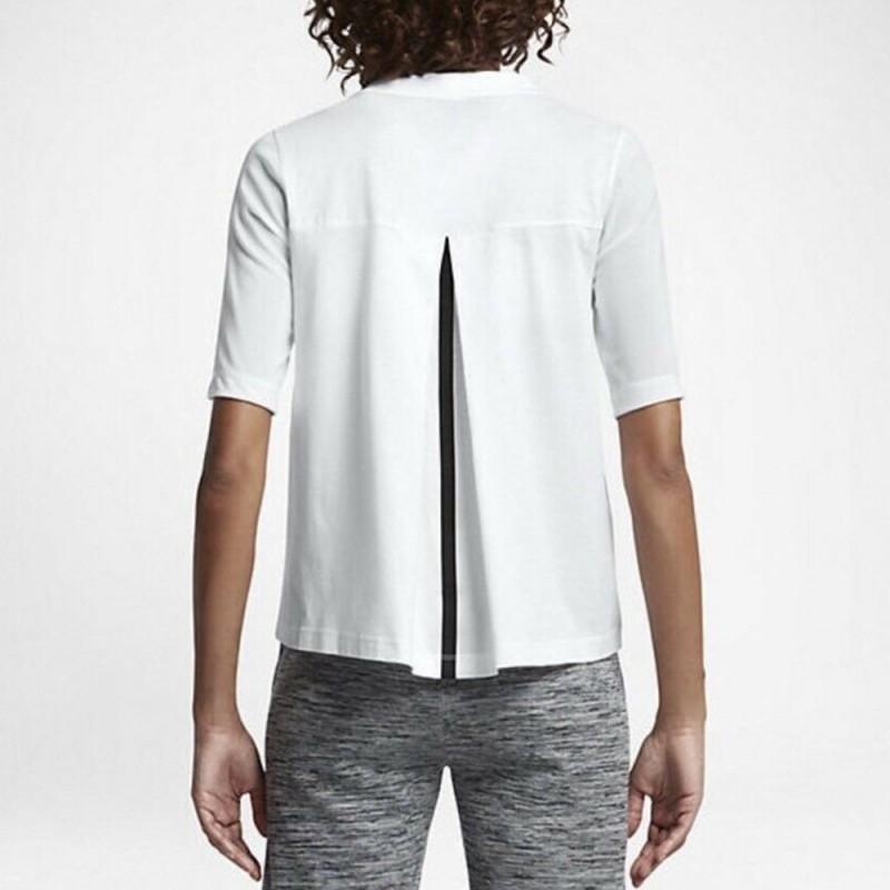 tee shirt nike femme blanc pas cher espace des marques. Black Bedroom Furniture Sets. Home Design Ideas