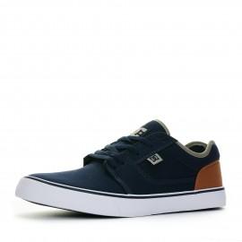 ac35d35ddbd66b Chaussures et planches de skateboard pas cher | Espace des Marques