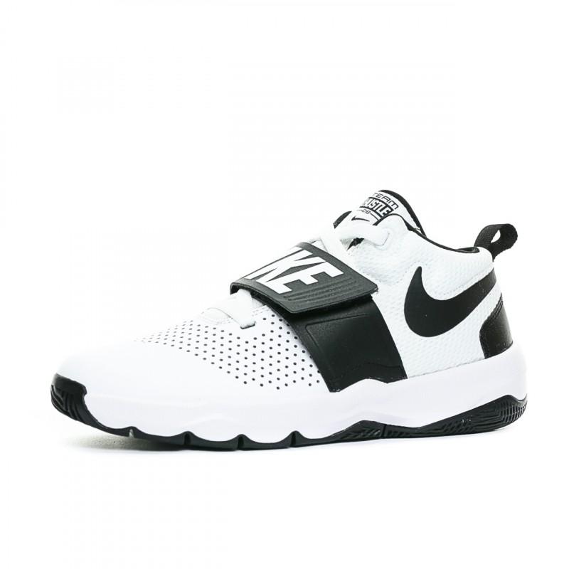 the best attitude 17d44 cbbf0 Chaussures de basketball blanc junior Nike   Espace des Marques