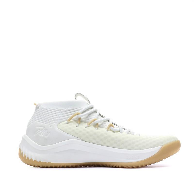 Adidas Dame 4 Chaussures basketball pas cher | Espace des Marques