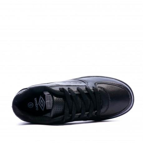 Baskets noires garçon Umbro Edano dessus