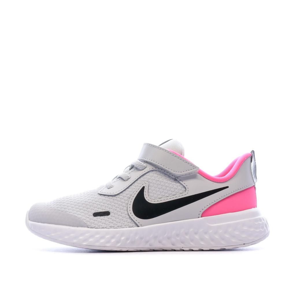 Chaussures de sport gris clair enfant Nike Revolution 5 PSV | Espace des Marques