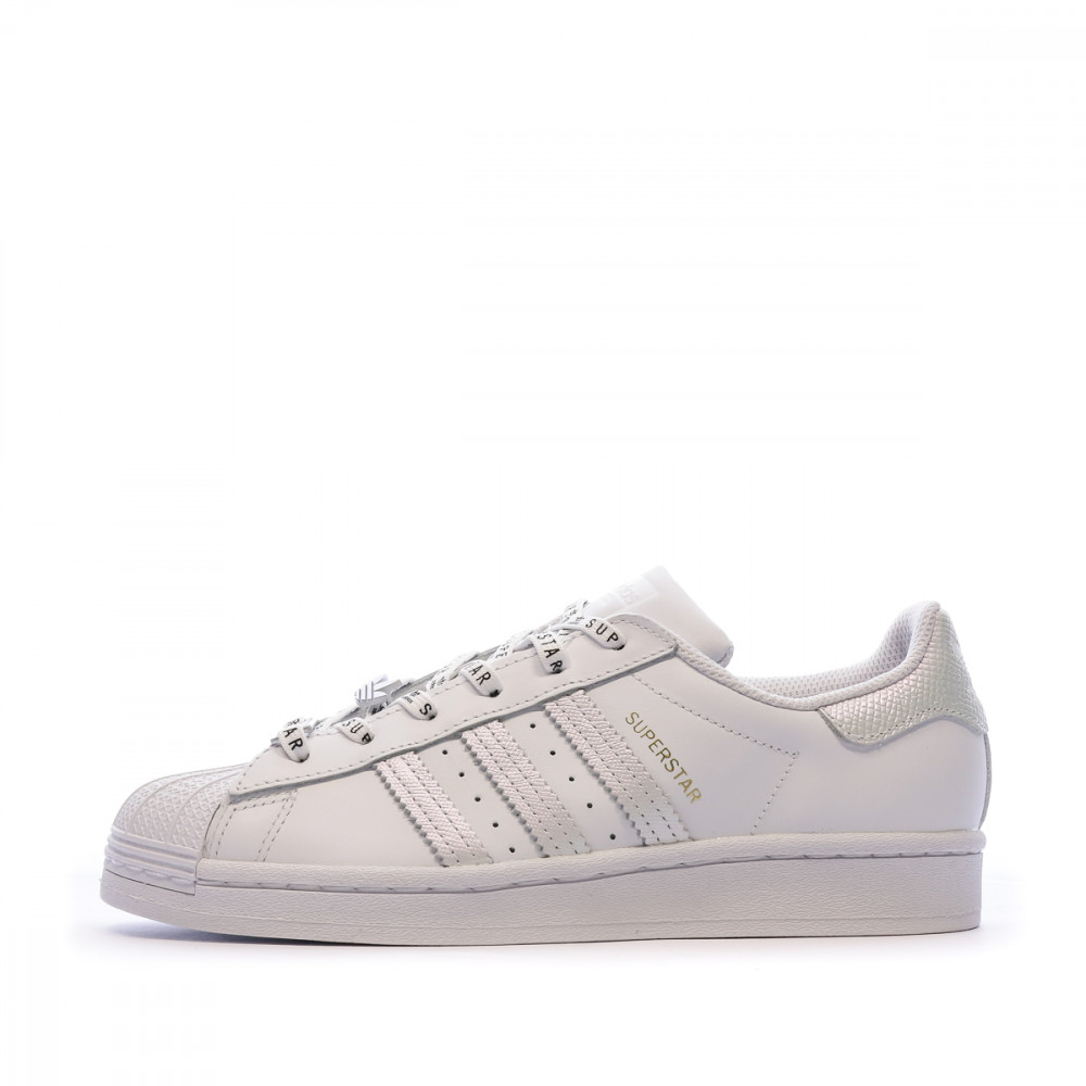 Baskets blanches femme Adidas Superstar W pas cher | Espace des Marques