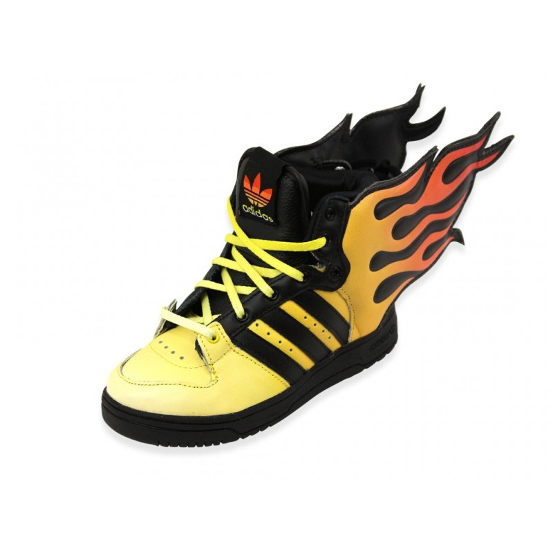 js flame i chaussures b b gar on adidas baskets. Black Bedroom Furniture Sets. Home Design Ideas