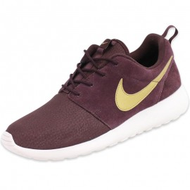 Chaussures Roshe One Suede Rouge Homme Nike