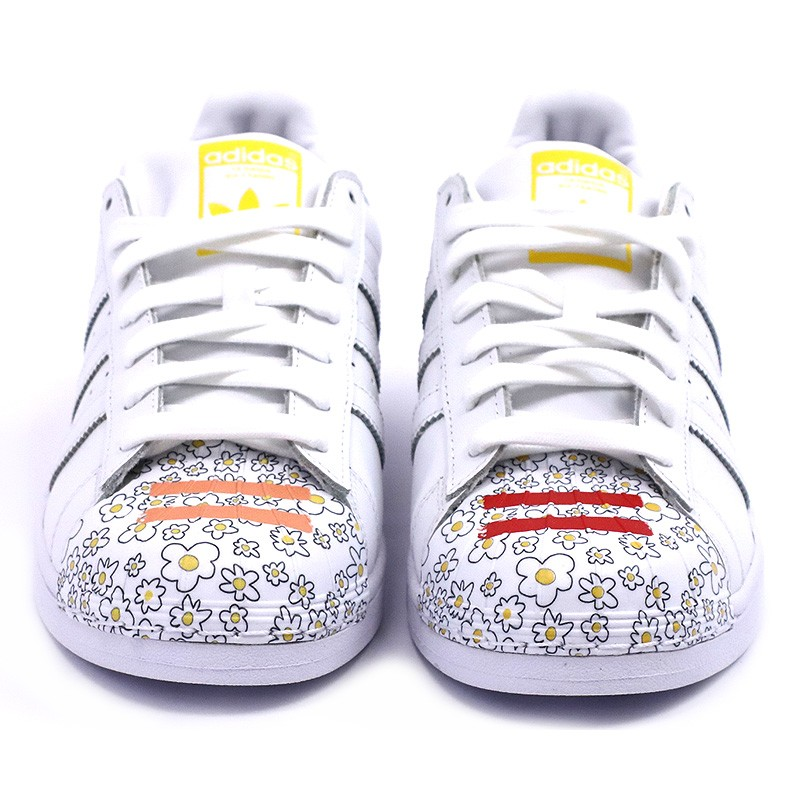 chaussures superstar pharrell williams blanc homme femme adidas. Black Bedroom Furniture Sets. Home Design Ideas