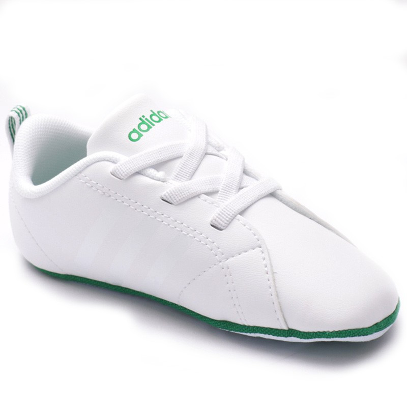 chaussures vs advantage crib blanc b b gar on adidas. Black Bedroom Furniture Sets. Home Design Ideas